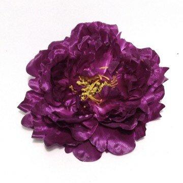 Головка пиона крупная фиолетовая