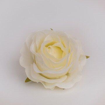 Головка розы раскрытой молочная